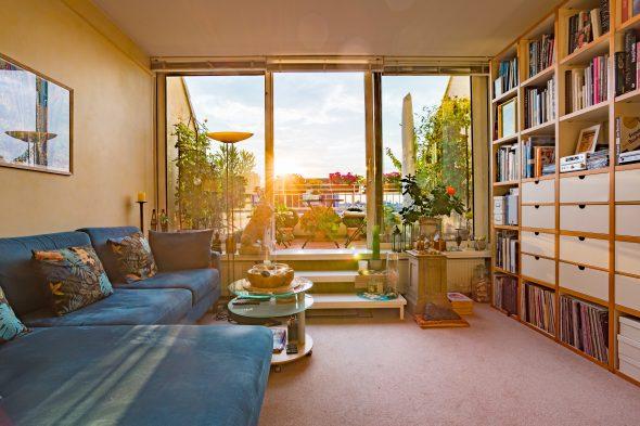 Sonnenuntergänge für Liebhaber garantiert: Dachgeschosswohnung in Charlottenburg